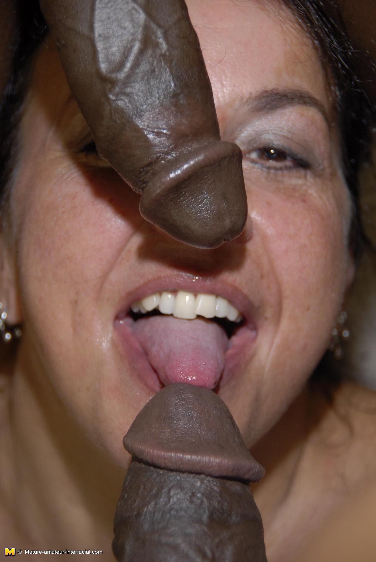 Milf tasting black cocks